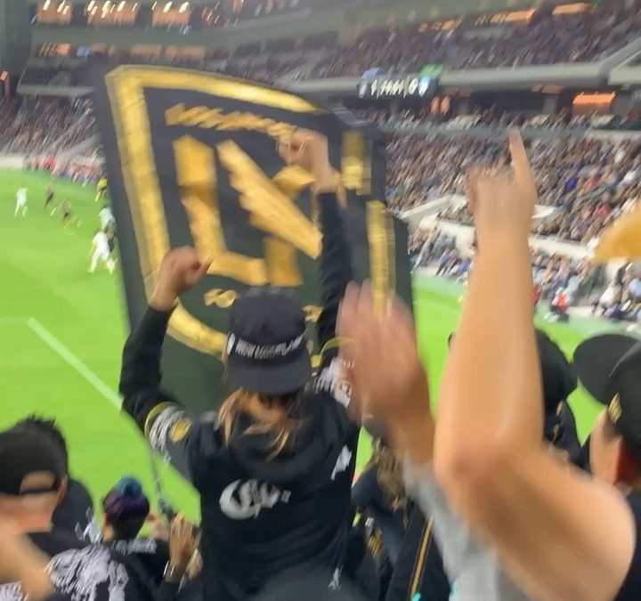 LIVE AT THE BANC let's get i
