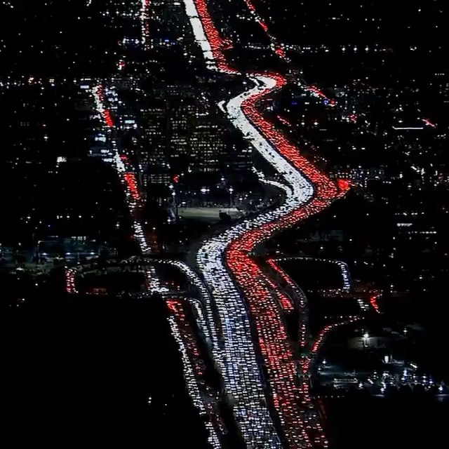 This was the 405 last night! This is real life! This is one of the main reasons My dream is to own a helicopter someday lol LAX to the Valley, no problem! Drive Safe LA I love you! No high speed collisions here that's for sure! . . . . .