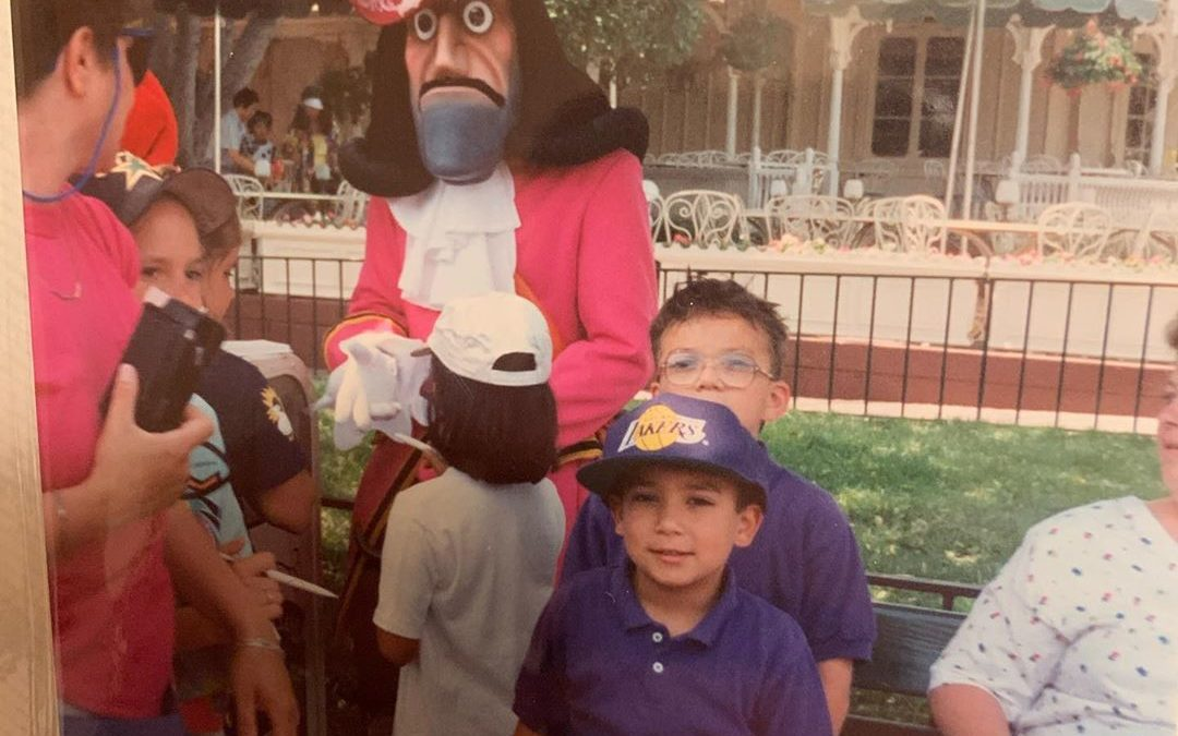 I told you I love the lakers THE REAL QUESTION IS, why they make Captain Hook look like a scary crackhead! Oh I miss the early 90s