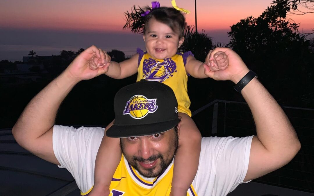 Mila says Lakers in 5! Sunsets+Mila+Lakers =️ .⁣ .⁣ .⁣ .⁣ .⁣
